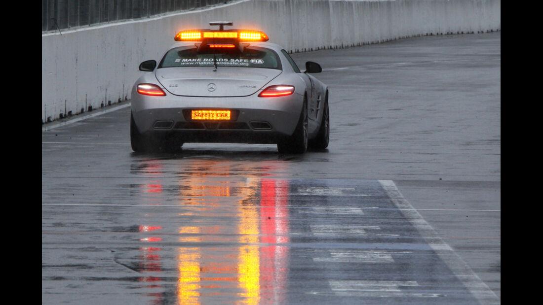 Safety Car im Regen