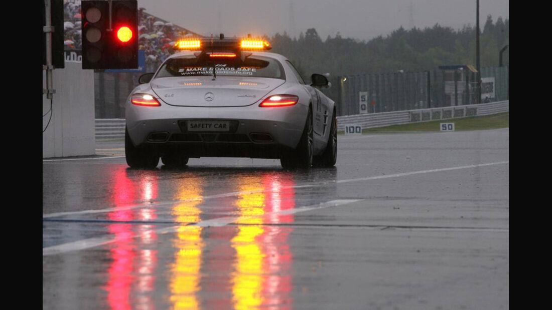 Safety-Car im Regen
