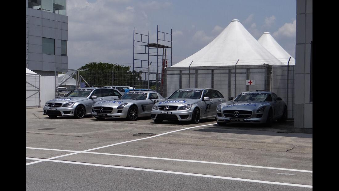 Safety-Cars - Formel 1 - GP Malaysia - 20. März 201