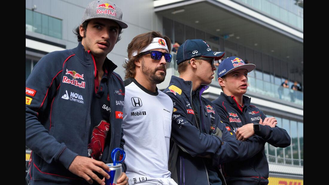 Sainz - Alonso - Kvyat - Verstappen - GP Russland 2015 - Sochi - Rennen