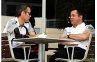 Sam Michael & Eric Boullier - McLaren - Formel 1 - Bahrain - Test - 1. März 2014
