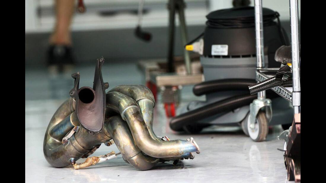 Sauber Auspuff - Formel 1 - GP Bahrain - 20. April 2013