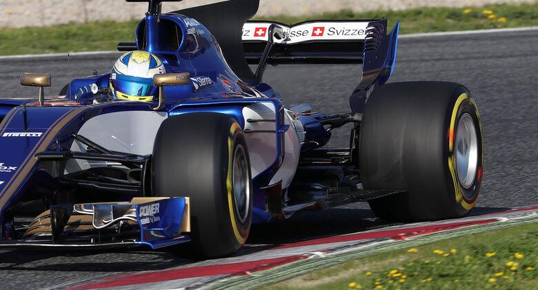 Pirelli zeigt 2017 Mut