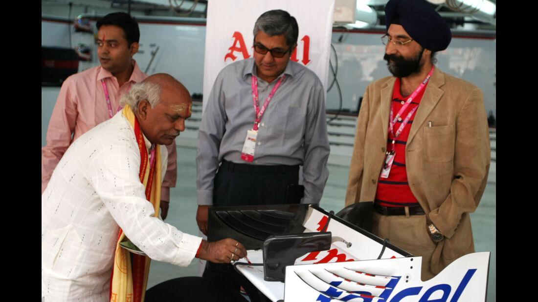 Sauber-Taufe - GP Indien - Training - 28.10.2011