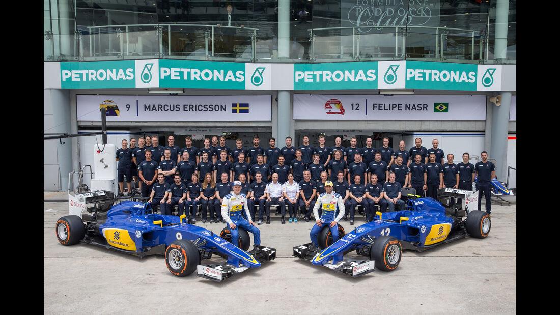 Sauber - Teamfoto - GP Malaysia 2015