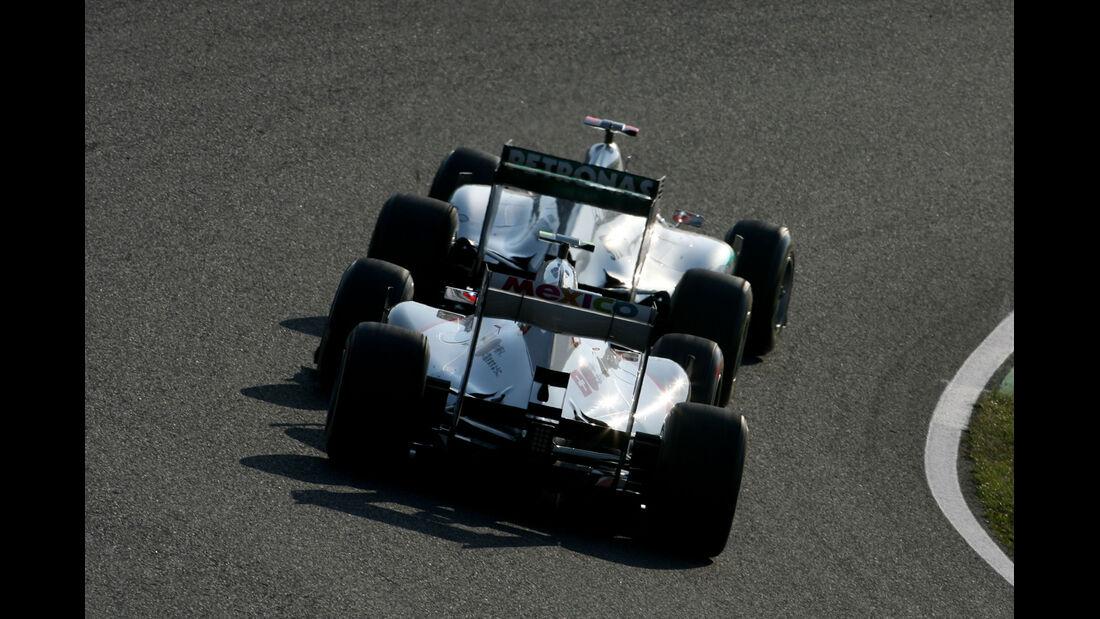 Sauber vs. Mercedes GP Japan 2011
