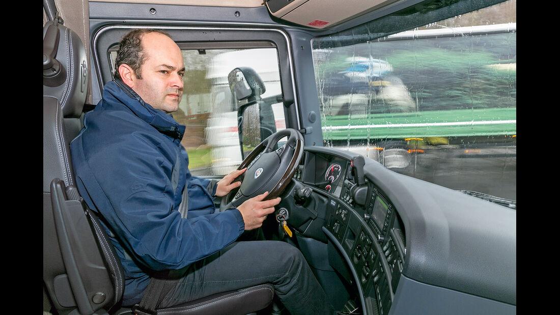 Scania R 730 Topline, Cockpit