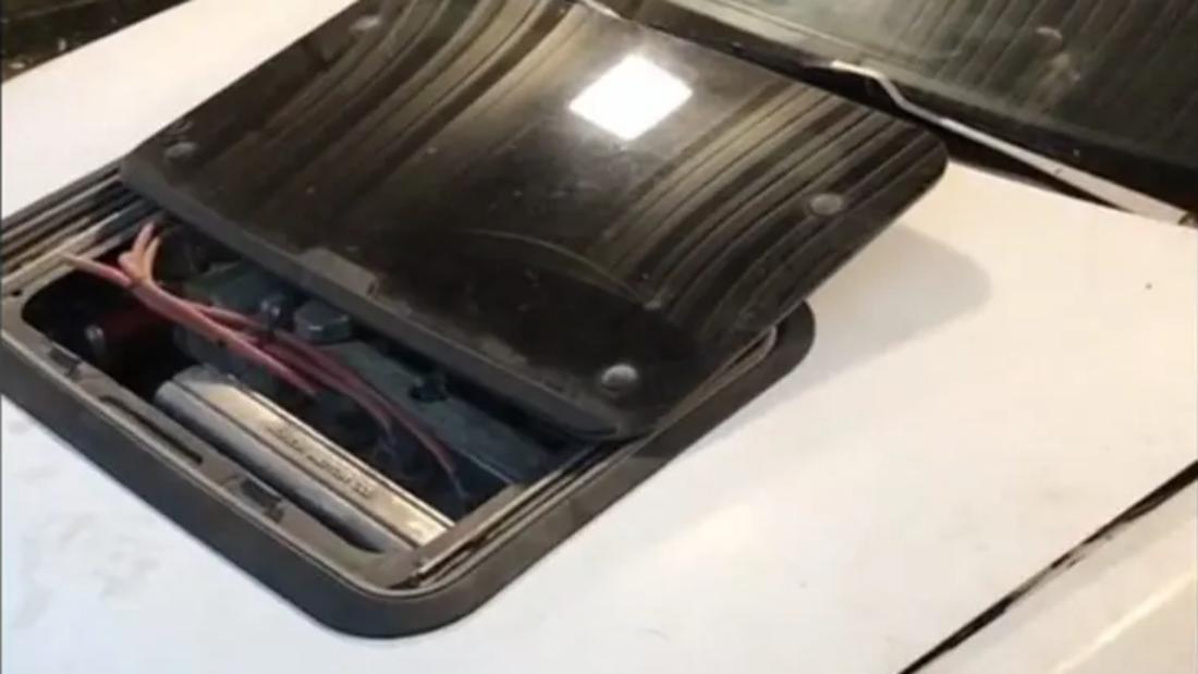 Schiebedach Motorhaube