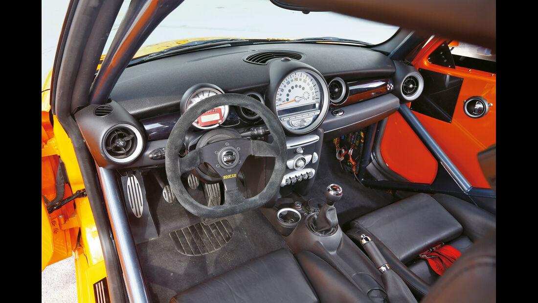 Schirra-Mini JCW GTS, Cockpit