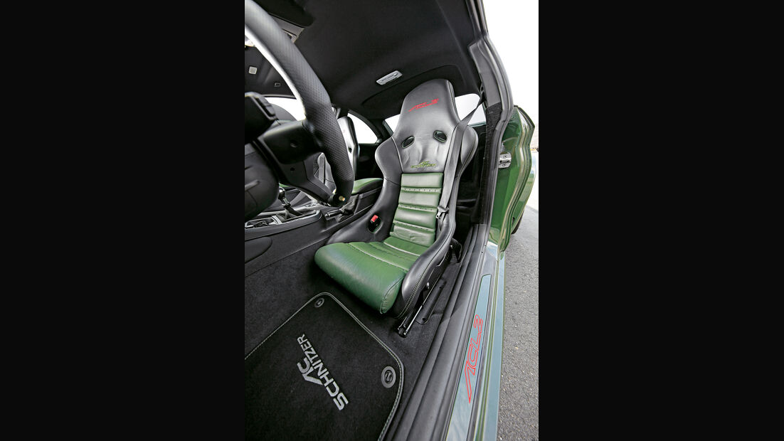 Schnitzer-BMW ACL2, Fahrersitz