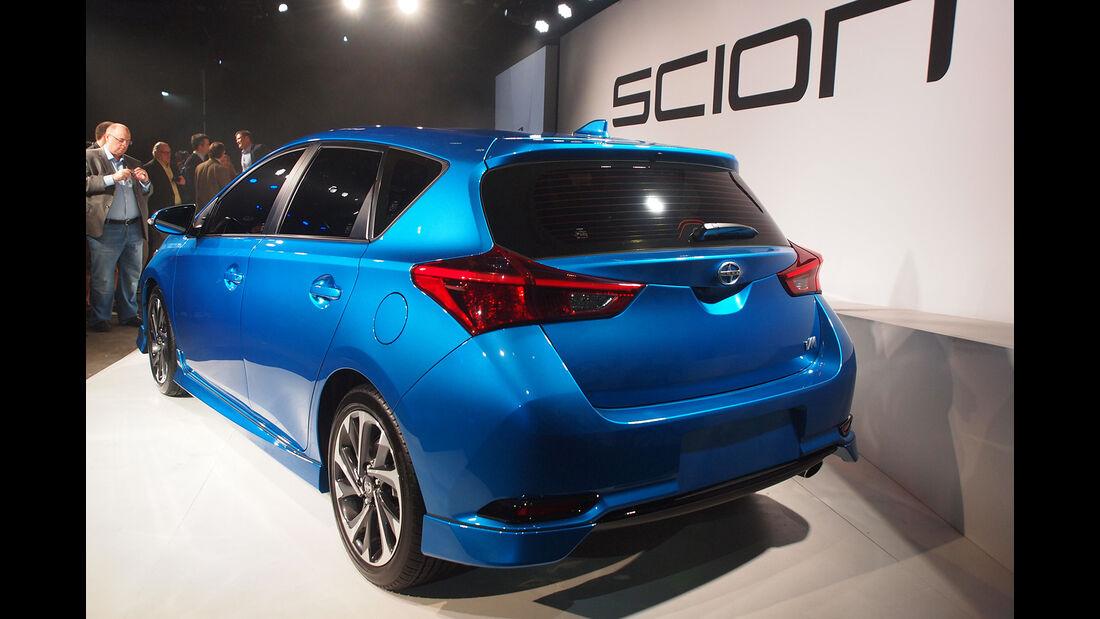 Scion iM - New York Auto Show 2015