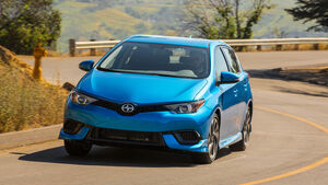 Scion iM, Toyota Auris USA, New York Auto Show 2015