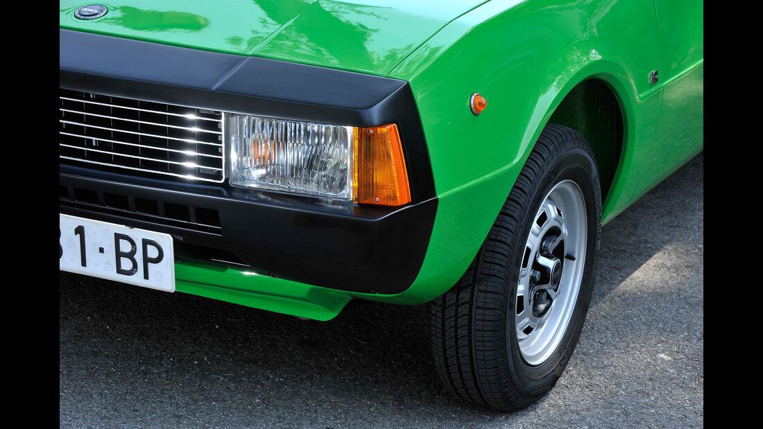 Seat 1200 Sport Bocanegra, Frontscheinwerfer