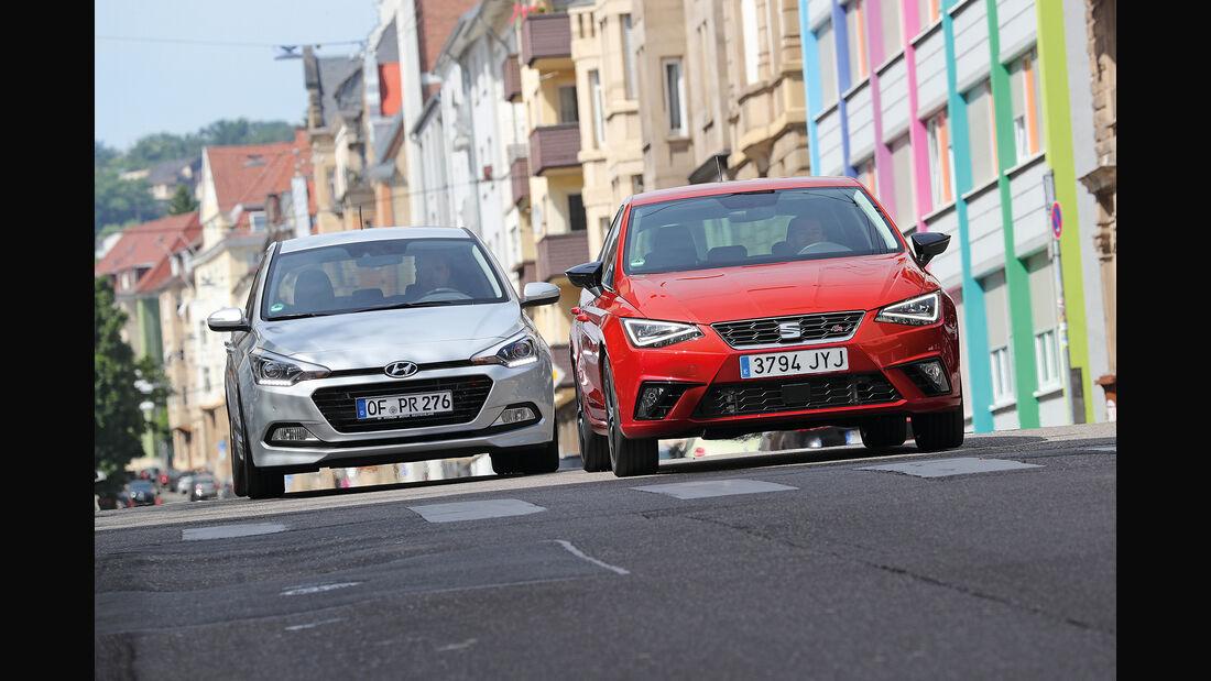 Seat Ibiza 1.0 EcoTSI, Hyundai i20 Blue 1.0 T-GDI Front