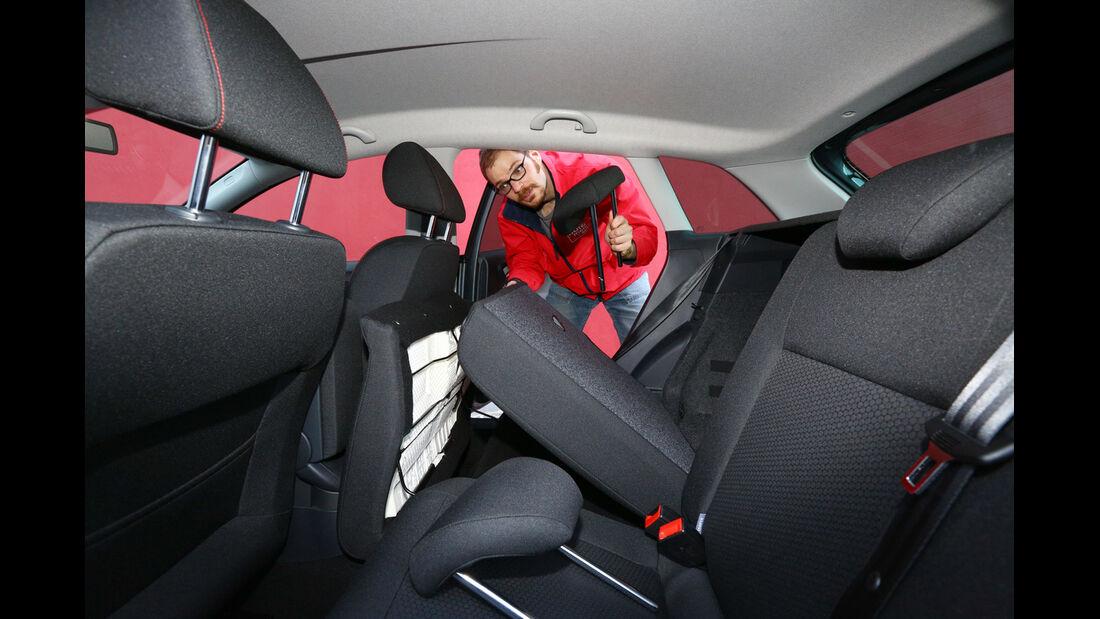 Seat Ibiza ST 1.6 TDI, Rücksitz, umklappen