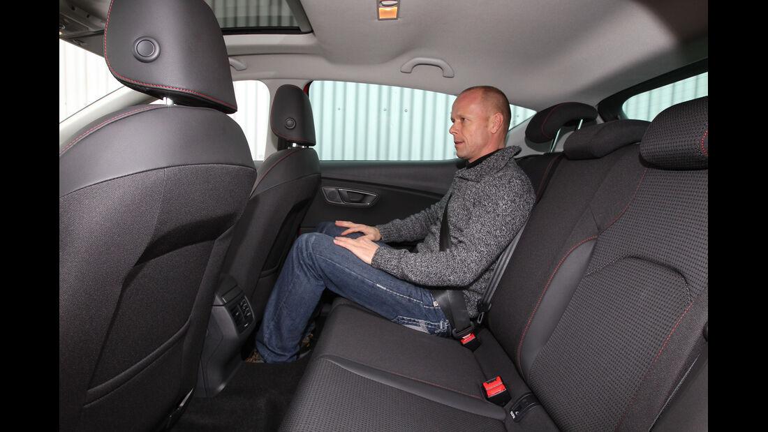 Seat León 1.4 TSI, Rücksitz, Beinfreiheit