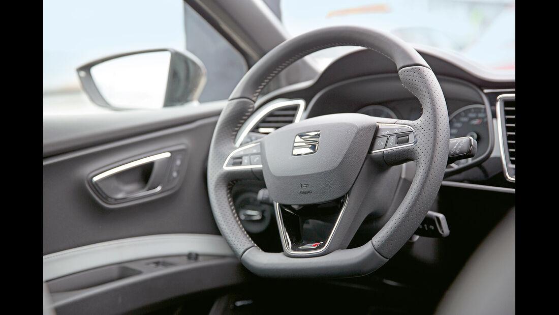 Seat Leon Cupra 280 Performance Pack, Cockpit, Lenkrad