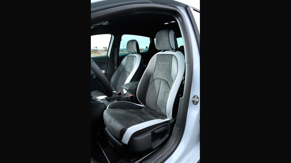 Seat Leon Cupra 290, Fahrersitz
