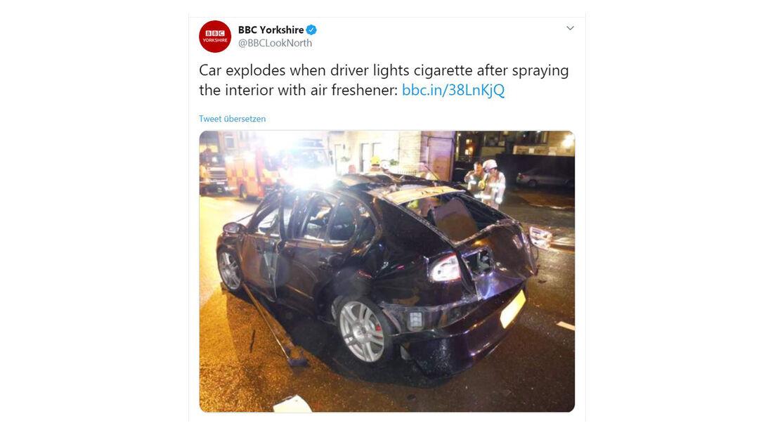 Seat Leon England Explosion Zigarette Spray