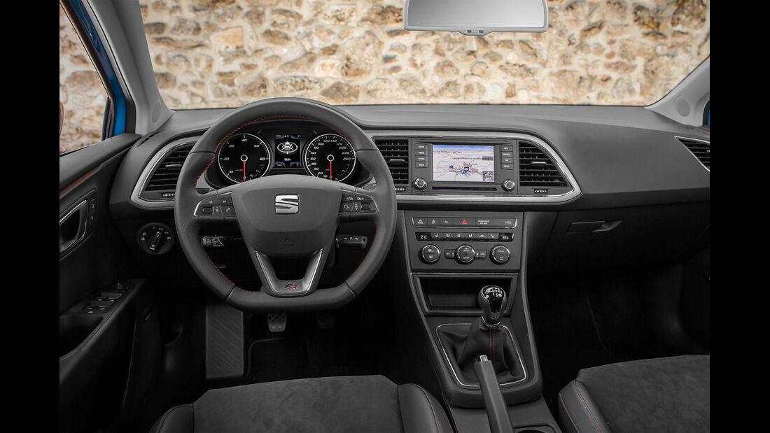 Seat Leon ST 1.6 TDI 4Drive, Cockpit, Lenkrad