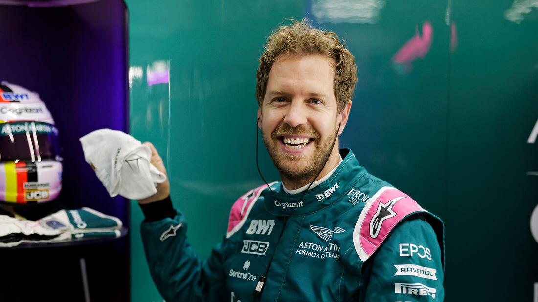 Sebastian Vettel - Aston Martin - Formel 1 - GP Belgien - Spa-Francorchamps - 27. August 2021