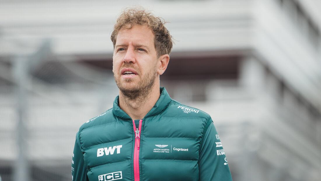 Sebastian Vettel - Aston Martin - Formel 1 - GP Russland - Sotschi - Donnerstag - 23.09.2021