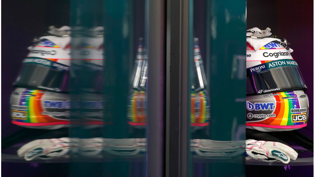 Sebastian Vettel - Aston Martin - Formel 1 - GP Ungarn - Budapest - Freitag - 30. Juli 2021