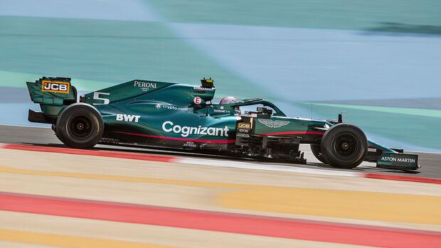 Sebastian Vettel - Aston Martin - Formel 1 - Test - Bahrain - 13. März 2021