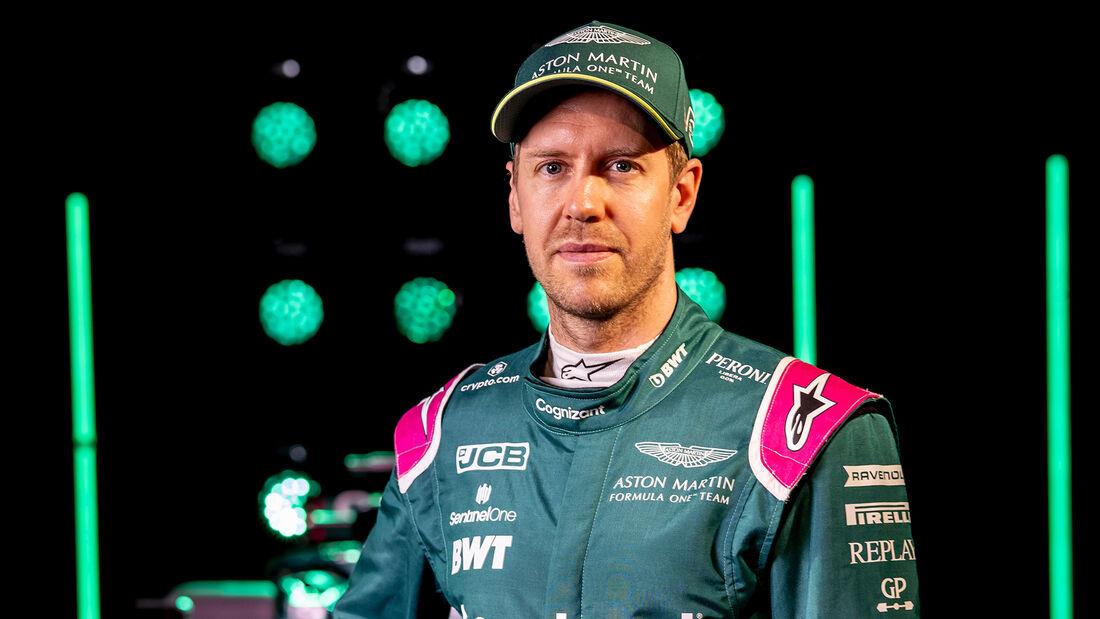 Sebastian Vettel - Aston Martin - Porträts - 2021