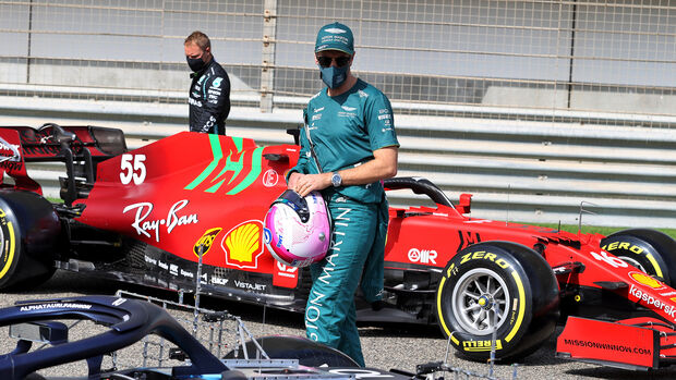Sebastian Vettel - Aston Martin - Test - Formel 1 - Bahrain - 12. März 2021