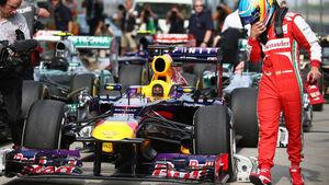 Sebastian Vettel - Fernando Alonso - Red Bull - Formel 1 - GP China - 13. April 2013