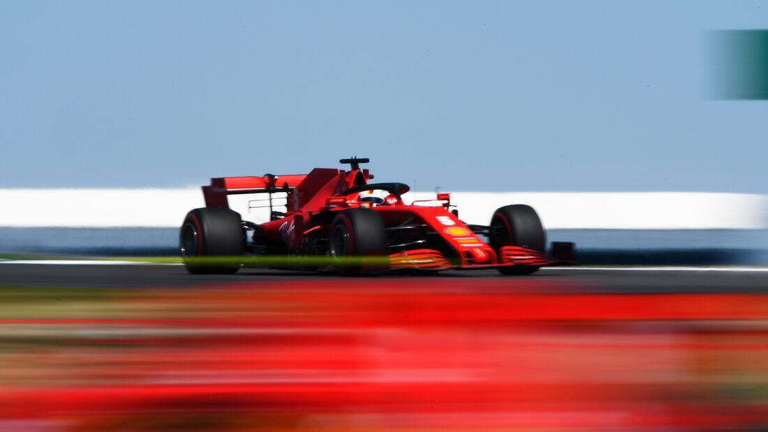 [Imagen: Sebastian-Vettel-Ferrari-Formel-1-GP-70-...713189.jpg]