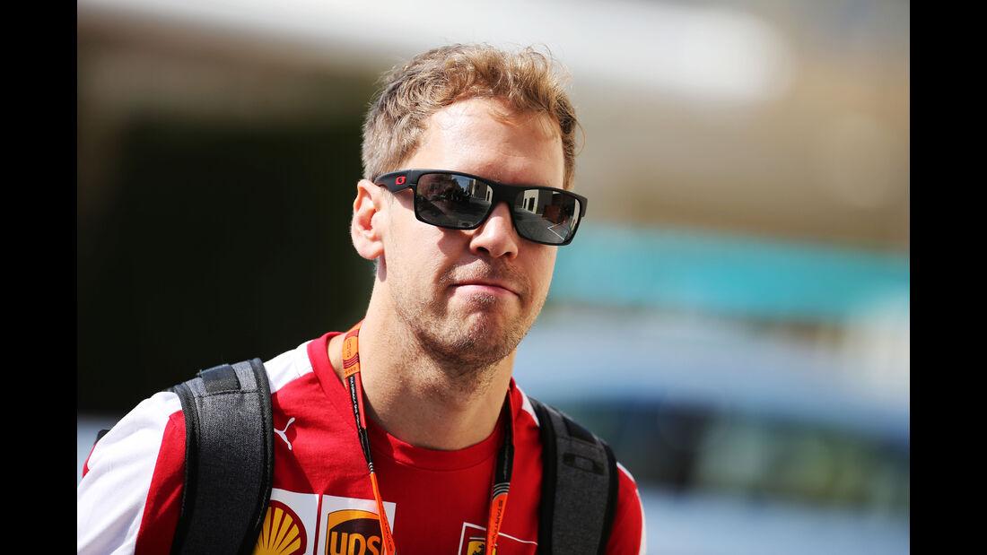 Sebastian Vettel - Ferrari - Formel 1 - GP Abu Dhabi - 27. November 2015