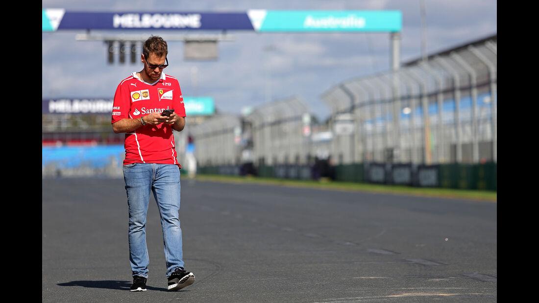 Sebastian Vettel - Ferrari - Formel 1 - GP Australien - Melbourne - 22. März 2017