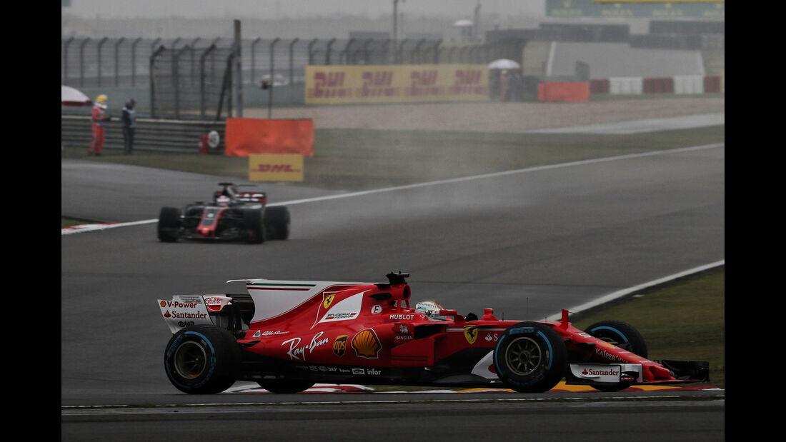 Sebastian Vettel - Ferrari - Formel 1 - GP China - Shanghai - Freitag - 7.4.2017