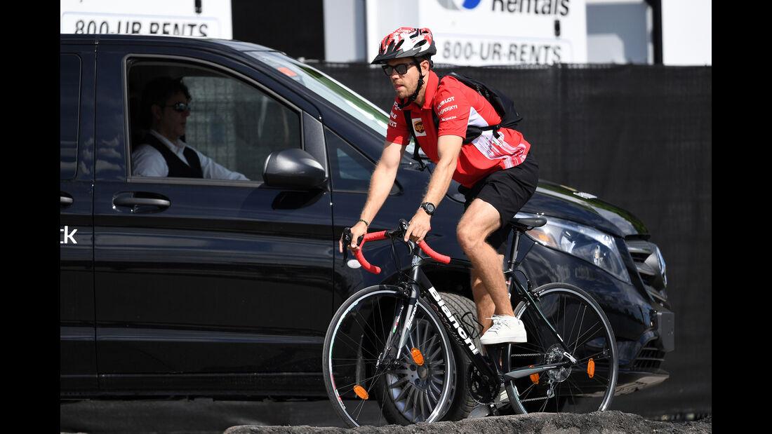Sebastian Vettel - Ferrari - Formel 1 - GP Kanada - Montreal - 9. Juni 2018