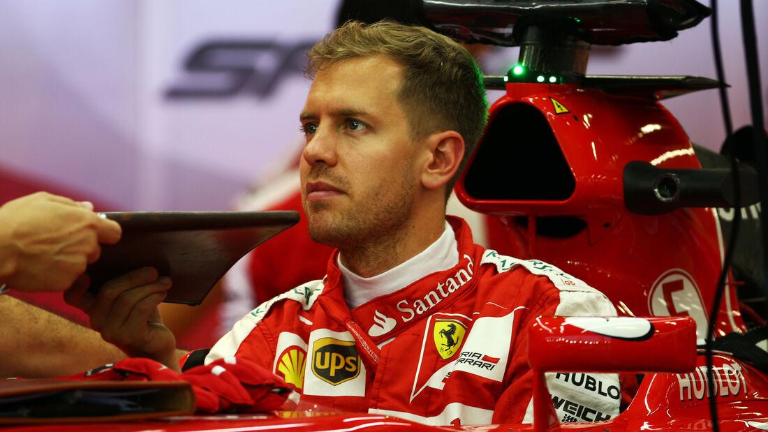 Sebastian Vettel - Ferrari - Formel 1 - GP Singapur - 17. September 2015