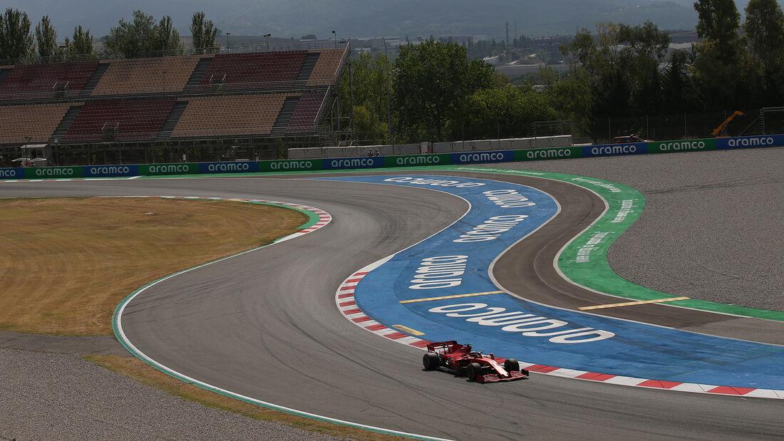[Imagen: Sebastian-Vettel-Ferrari-Formel-1-GP-Spa...714797.jpg]