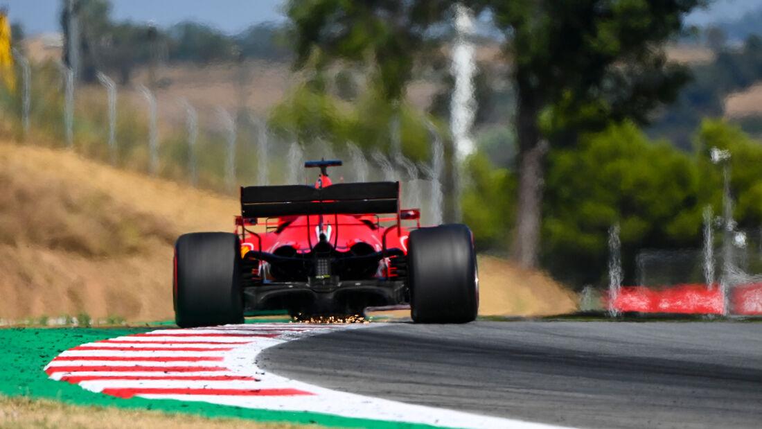 [Imagen: Sebastian-Vettel-Ferrari-Formel-1-GP-Spa...714878.jpg]
