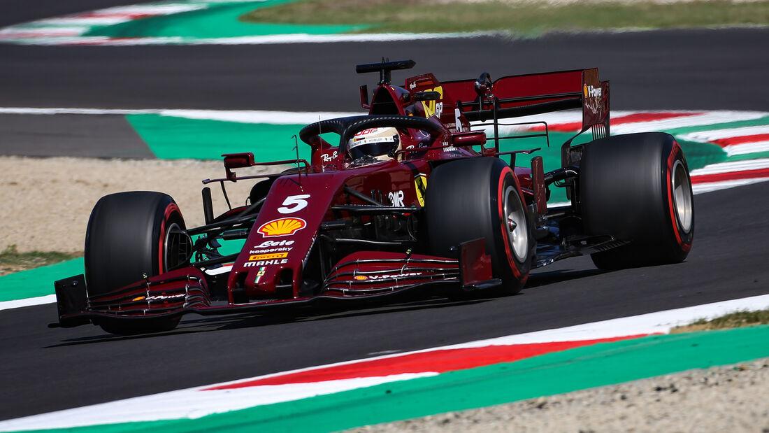 [Imagen: Sebastian-Vettel-Ferrari-Formel-1-GP-Tos...722697.jpg]