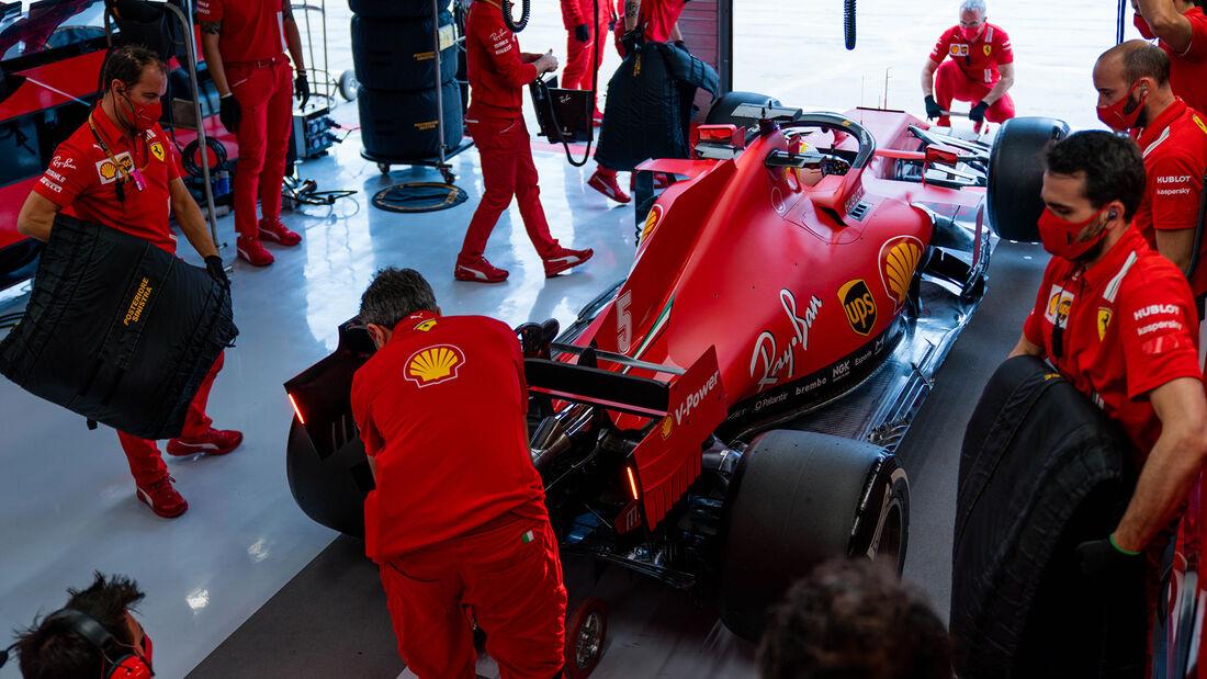 [Imagen: Sebastian-Vettel-Ferrari-Formel-1-GP-Ung...707580.jpg]