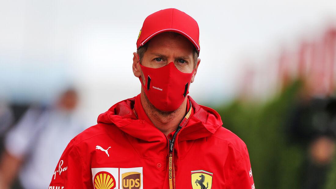 [Imagen: Sebastian-Vettel-Ferrari-Formel-1-GP-Ung...707515.jpg]