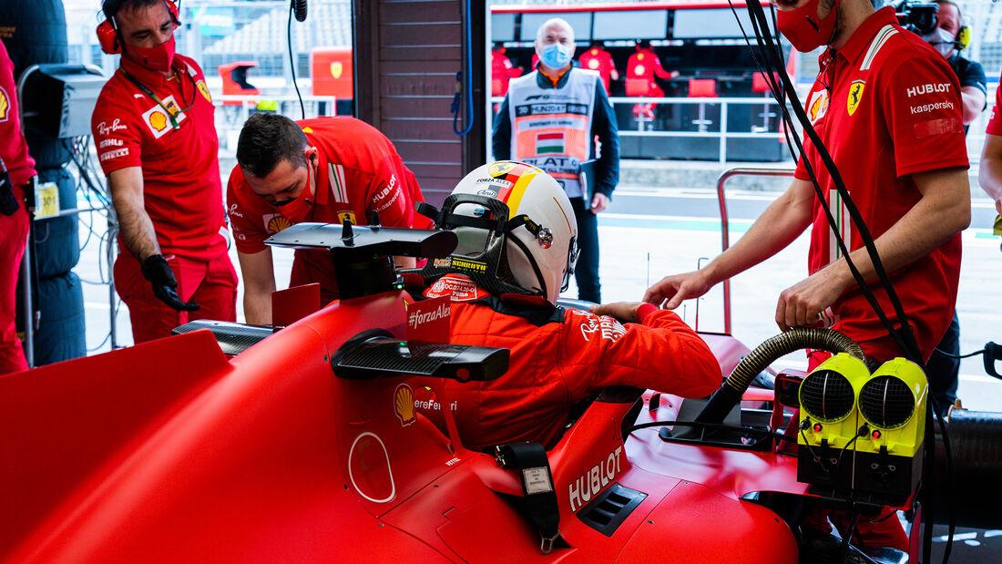 [Imagen: Sebastian-Vettel-Ferrari-Formel-1-GP-Ung...707579.jpg]