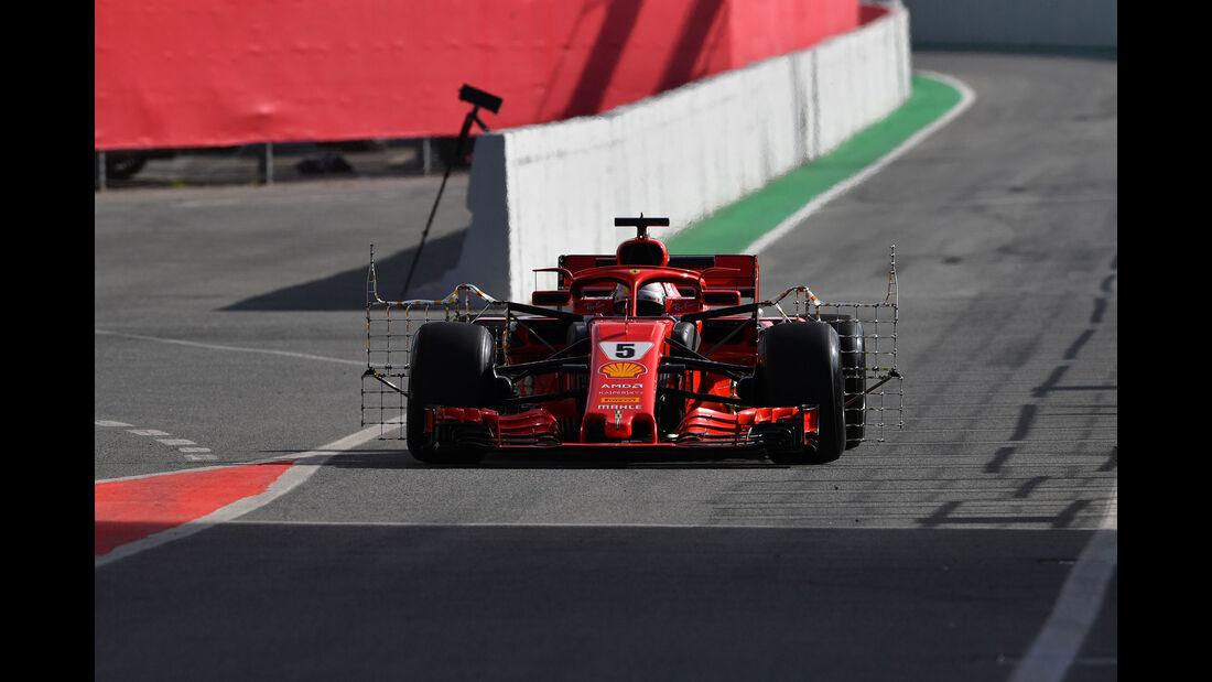 Sebastian Vettel - Ferrari - Formel 1 - Testfahrten - Barcelona - Dienstag - 15.5.2018