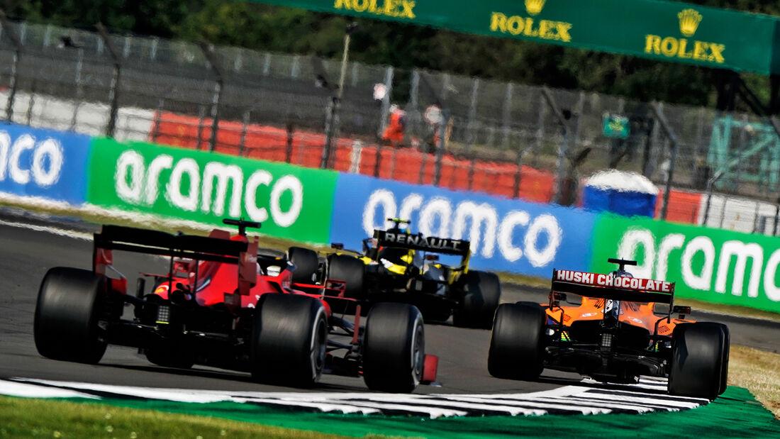 [Imagen: Sebastian-Vettel-Ferrari-GP-70-Jahre-F1-...713375.jpg]