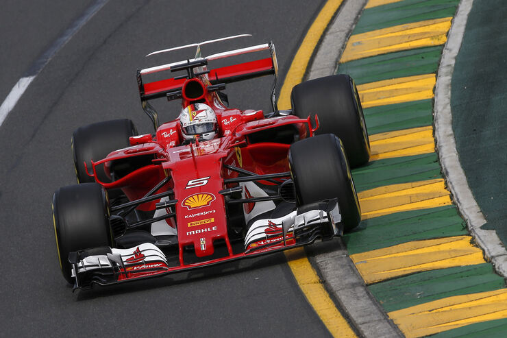 https://imgr1.auto-motor-und-sport.de/Sebastian-Vettel-Ferrari-GP-Australien-Melbourne-24-Maerz-2017-fotoshowBig-d22d99ef-1061290.jpg