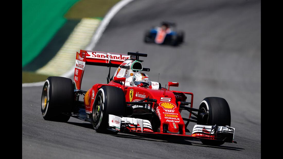 Sebastian Vettel - Ferrari - GP Brasilien - Interlagos - Freitag - 11.11.2016