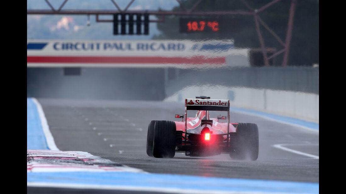 Sebastian Vettel - Ferrari - Pirelli Regenreifen-Test - Paul Ricard - 26. Januar 2016