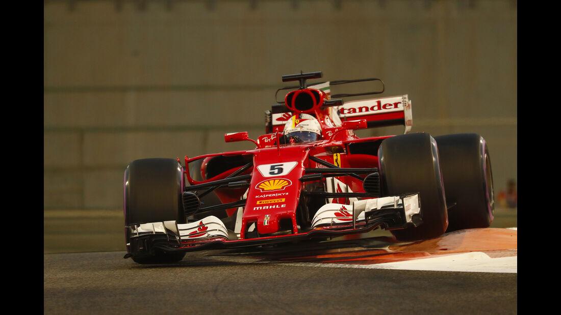 Sebastian Vettel - Ferrari SF70H - GP Abu Dhabi 2017