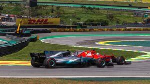 Sebastian Vettel - Ferrari - Valtteri Bottas - Mercedes - Formel 1 - GP Brasilien - 12. November 2017